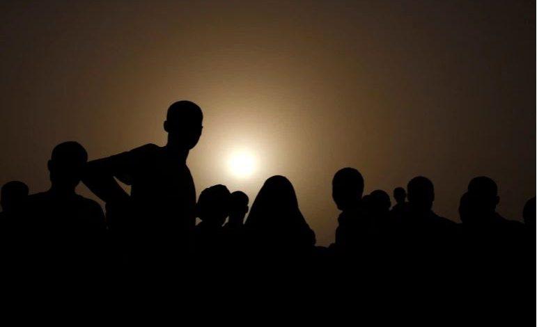 Photo of മരണത്തിനും ജീവിതത്തിനുമിടയിൽ മരുപ്പച്ച തേടുന്ന അഭയാർഥികൾ