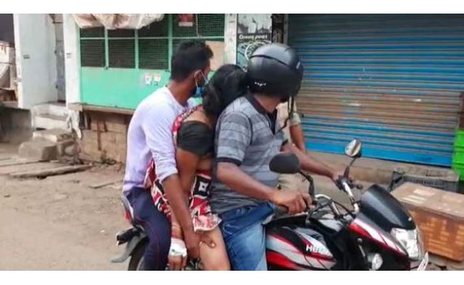 A family in Srikakulam, AP was forced to take a woman's body on bike for cremation